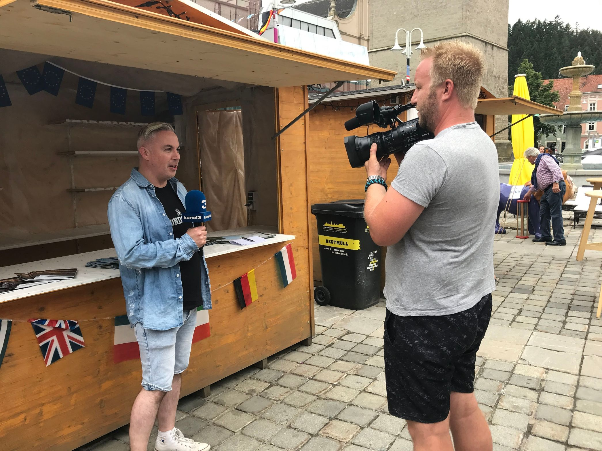 Shane Smyth being interviewed for Austrian national television